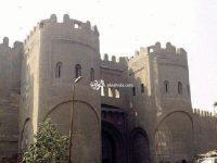 على أبواب القاهرة