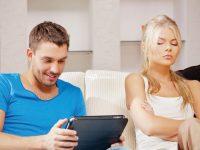 هل جربت الخيانة الإلكترونية؟